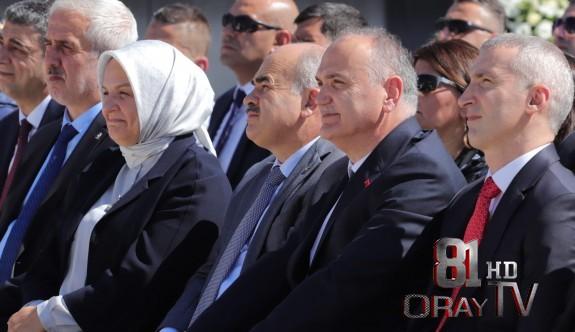 """BAŞKAN ÖZLÜ """"DÜZCE ADI SADECE TÜRKİYE'DE DEĞİL DÜNYADA DUYULSUN"""""""