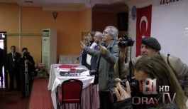 CHP İLÇE KONGRESİNDE REZALET